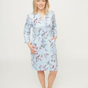 lichtblauwe-jurk-met-roze-bloemenprint-vk