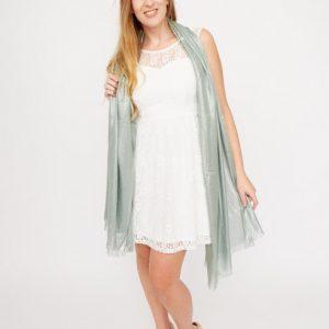 mintgroene-shawl-met-zilverkleurig-glitterdraad-vk