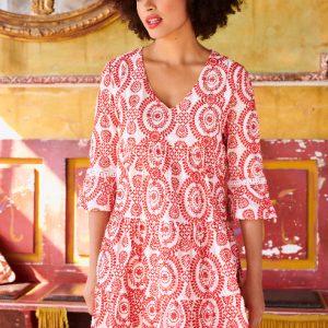 witte-devotion-dress-met-rood-borduursel-vk
