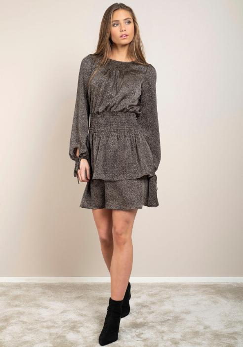 zwarte-a-lijn-jurk-kleine-zandkleurige-stipjes-vk