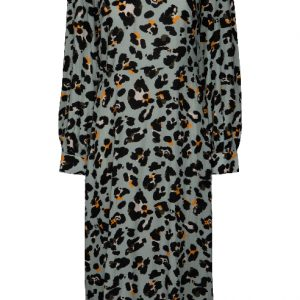 pastelblauwe-midi-jurk-met-panterprint-2
