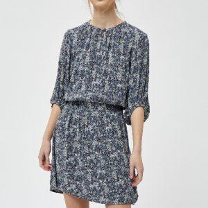 lichtblauwe-jurk-met-fantasieprint-in-roze-offwhite-geel-zwart-vk